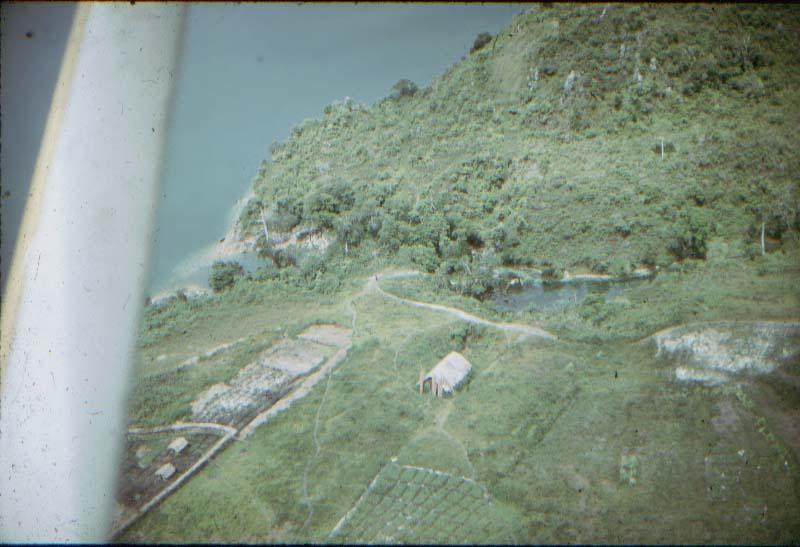 BD/37/33 - Kampong aan het Tage-meer (Wisselmerengebied)