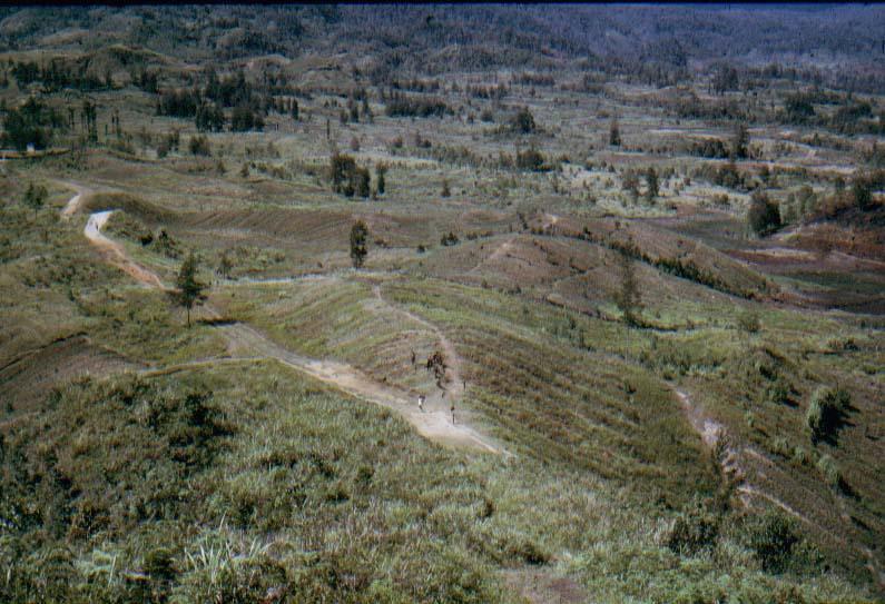 BD/37/35 - Ilaga, de hoogste missiestatie in het hooggebergte