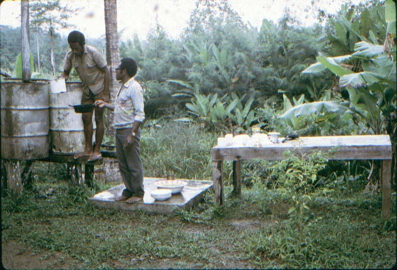 BD/37/312 - De watervoorziening van de pastorie in Waris
